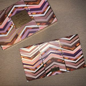 Tarte clay play bronzer/contour and eye palette